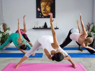 Йога в борьбе с лишним весом